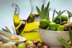 Вкусные рецепты: Новогодняя закуска, КУРИНЫЙ САЛАТИК С КОПЧЁНЫМ СЫРОМ, Рулет с фаршем и кабачком