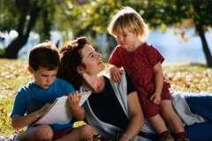 Как родители делают детей удобными для себя?